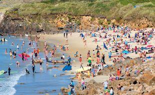 Jour d'affluence, le 20 août dernier, au Conquet, sur la plage des Blancs Sablons.