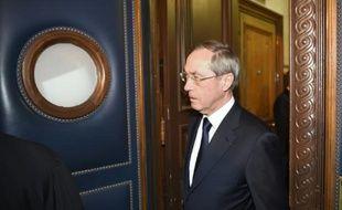 Claude Guéant à son arrivée au palais de justice le 28 septembre 2015 à Paris