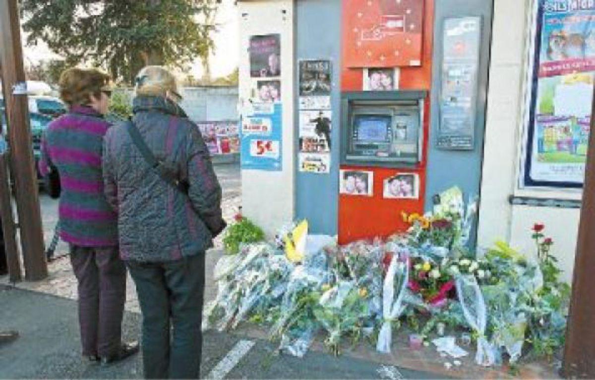 Trois militaires ont été pris pour cible, jeudidernier, à Montauban. Deux sont décédés sur le coup. Le troisième, touché à la moelle épinière, était toujours dans le coma dimanche soir. –  F. LANCELOT / SIPA