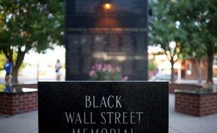 Le monument commémorant les massacres racistes de Tulsa en 1921.