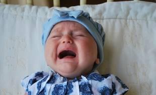 Insolite :)Etats-Unis: Elle anticipe les pleurs de son bébé et offre bonbons et boules Quies aux 200 passagers de l'avion 310x190_pleurs-bebe-peuvent-atteindre-90-decibels-illustration