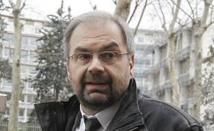 """François Chérèque, secrétaire général de la CFDT, a estimé mardi qu'augmenter la TVA pour compenser une baisse du coût du travail reviendrait à faire un nouveau """"plan de rigueur""""."""