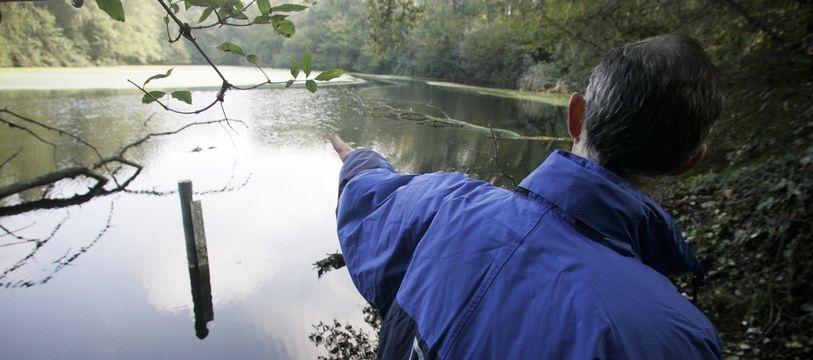 Les ballastières de Braqueville , quatre lacs où est enfouie de la nitrocellulose, à Toulouse.
