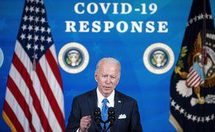 Le président américain Joe Biden fait le point sur la vaccination contre le Covid-19 le 10 mars 2021.