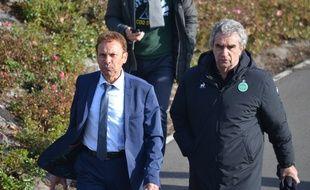 Roland Romeyer (à gauche), ici la semaine passée aux côtés de Dominique Rocheteau au centre d'entraînement de l'ASSE à L'Etrat.