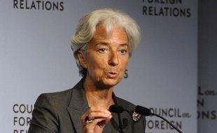 """La directrice générale du Fonds monétaire international (FMI), Christine Lagarde, regrette la polémique provoquée par ses propos récents invitant les Grecs à """"s'entraider collectivement"""", a déclaré jeudi à Washington un porte-parole de son organisation."""