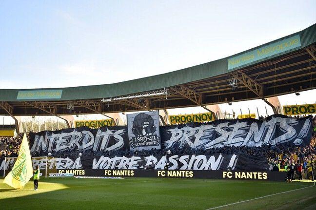 La tribune Loire du stade de la Beaujoire.