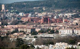 Gardanne le 23 mars 2011 - L'usine de  Gardanne  et l'ancienne mine de charbon.