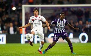 L'attaquant de Nice Dario Cvitanich lors du match contre Toulouse le 25 septembre 2013.