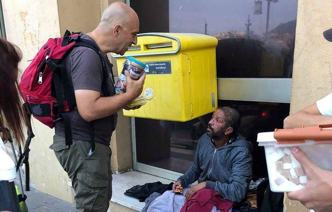 Michel Adragna, trésorier de Solidarité 06, lors d'une maraude d'Actions du cœur.