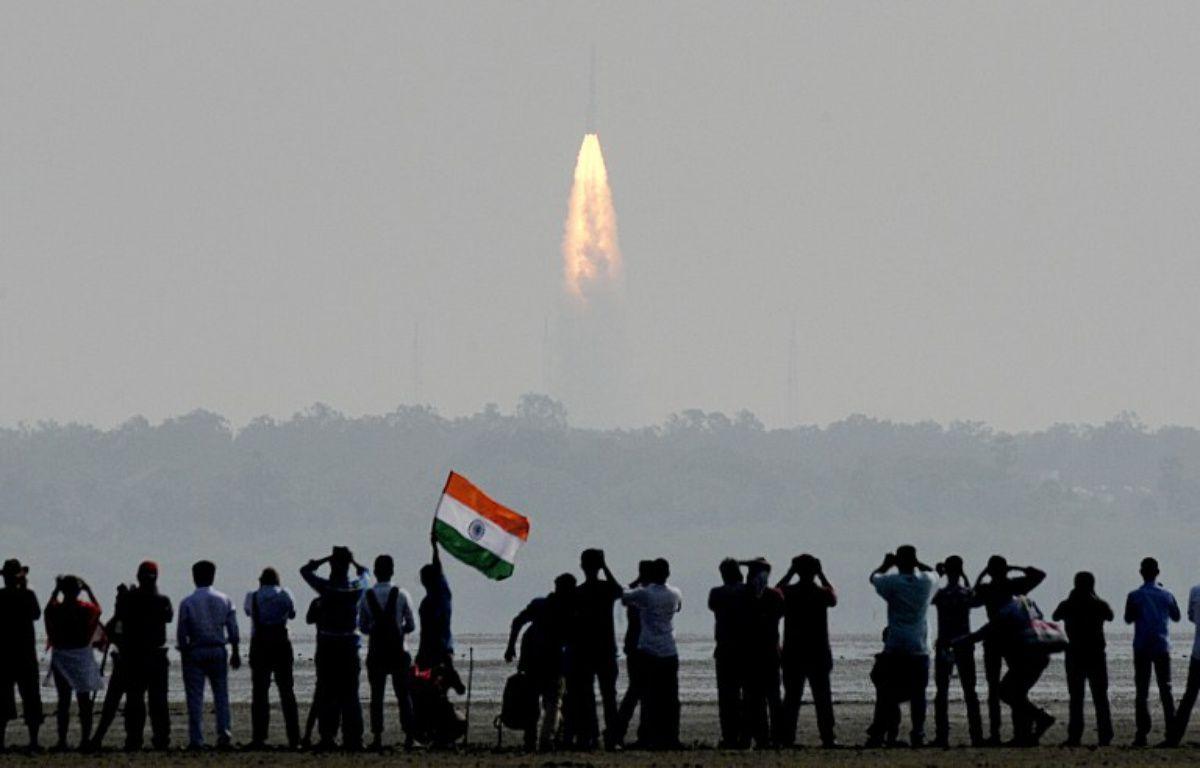 L'Inde a mis en orbite ce mercredi un nombre record de 104 satellites avec une seule fusée. – ARUN SANKAR