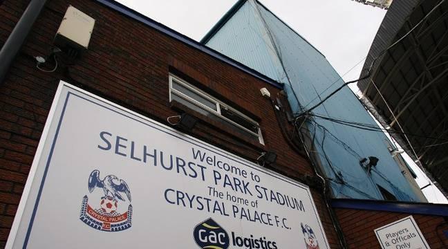 Crystal Palace ouvre une loge de son stade pour les sans-abris