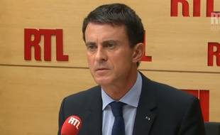 Paris, le 7 octobre 2015. Manuel Valls donne une interview à RTL.
