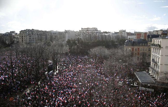 Le rassemblement en faveur de François Fillon le 5 mars place du Trocadéro à Paris
