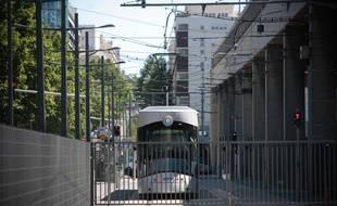 Le tramway s'arrête pour l'heure aux portes des quartiers Nord à Marseille
