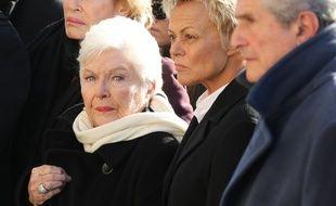 Line Renaud, Muriel Robin et Claude Lelouch à la cérémonie en l'honneur de Johnny Hallyday, à l'église de la Madeleine, le 9 décembre 2017.
