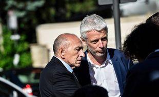 Gérard Collomb en compagnie du candidat LREM Hubert Julein-Laferrière.