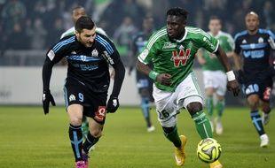Un duel tout en tendresse entre André-Pierre Gignac et Moustapha Bayal Sall, ici en février 2015 à Saint-Etienne.