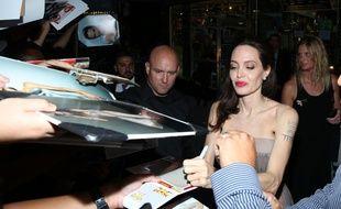 L'actrice et réalisatrice Angelina Jolie à l'avant-première new-yorkaise de D'abord, ils ont tué mon père