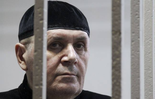Russie: Le responsable de l'ONG Memorial en Tchétchénie relâché en liberté conditionnelle