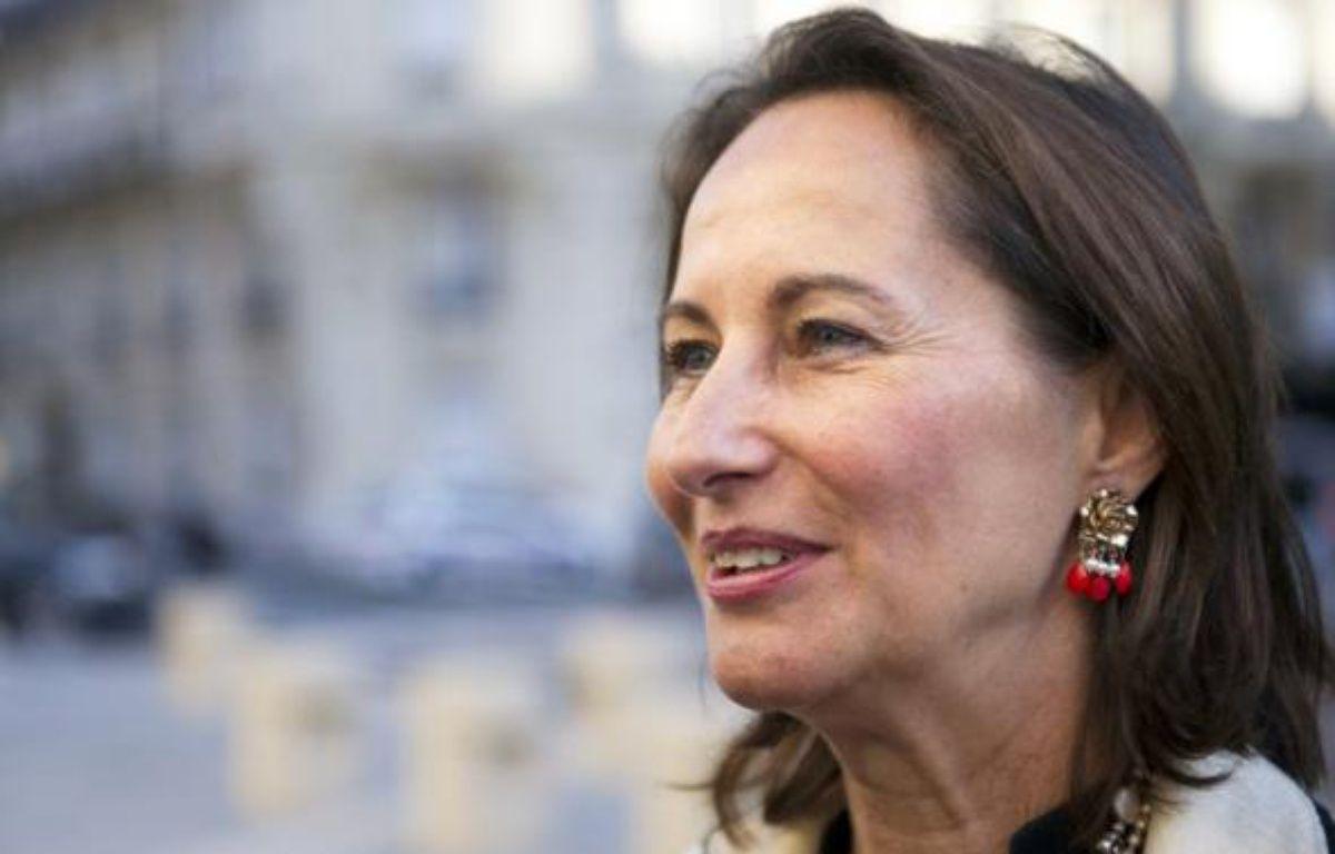 """L'ex-candidate socialiste à la présidentielle Ségolène Royal a assuré mercredi que Nicolas Sarkozy est """"très bon acteur"""", lorsqu'il dit n'avoir pas pris sa décision pour une candidature en 2012. – Bertrand Langlois AFP"""