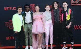 Les acteurs Gaten Matarazzo, Caleb McLaughlin, Millie Bobby Brown, Sadie Sink, Finn Wolfhard et Noah Schnapp à l'avant-première de Stranger Things 3 à Los Angeles