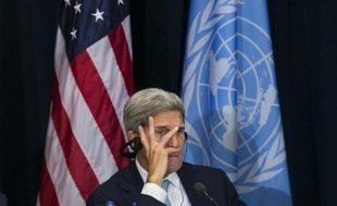 Le secrétaire d'Etat américain John Kerry lors d'une rencontre avec les dirigeants afghans et chinois au siège de l'ONU à New York, le 26 septembre 2015