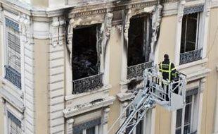 Une cigarette mal éteinte serait à l'origine de l'incendie mortel survenu le 8 décembre 2010 à Lyon.