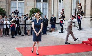La ministre de la défense Florence Parly lors de la passation de pouvoirs, le 22 juin 2017.