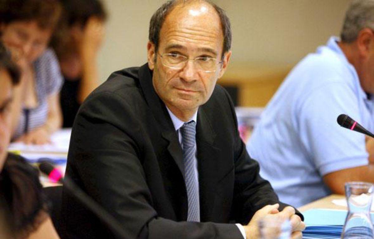Le ministre du Tavail Eric Woerth lors du conseil municipal de Chantilly, dont il est le maire, le 25 juin 2010. – BERNARD BISSON/JDD/SIPA