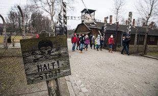 Des lycées visitent le camp d'Auschwitz, le 20.01.2015.