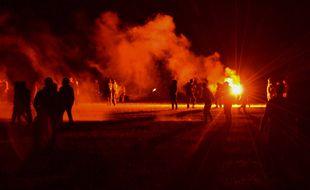 Affrontements entre forces de l'ordre et fêtards lors de la dispersion d'une rave party illégale à Redon (Ille-et-Vilaine) dans la nuit du 18 au 19 juin 2021.