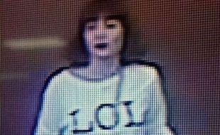 """L'assassin de Kim Jong-nam porte un tee-shirt """"LOL"""""""