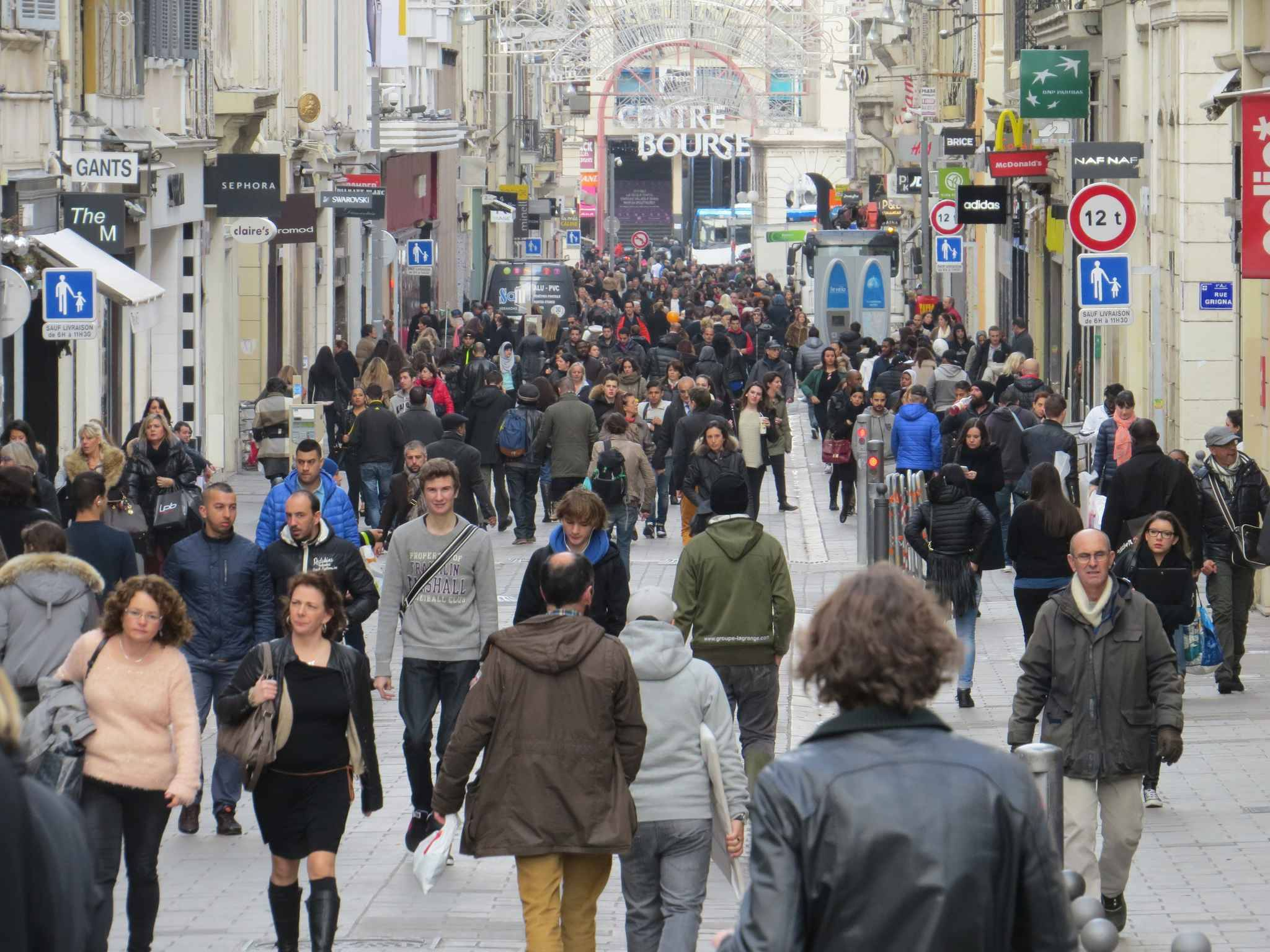 Marseille les commer ants du centre ville en pleine for Chambre de commerce marseille rue sainte victoire
