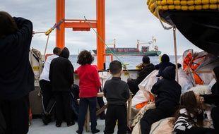 58 migrants sauvés au large de la Libye par l'Aquarius ont débarqué à Malte