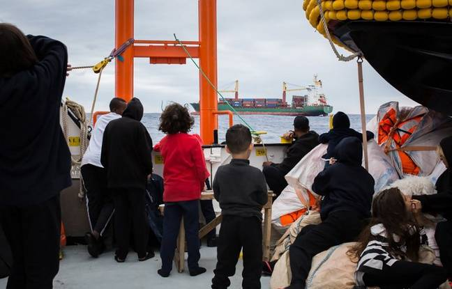 648x415 58-migrants-sauves-large-libye-aquarius-debarque-malte.jpg.jpg 8d62bed1dc2