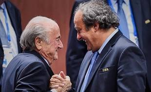 Michel Platini et Sepp Blatter, le 28 mai 2015, à Zurich.