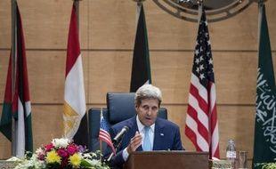 Le secrétaire d'Etat américain John Kerry, le 11 septembre 2014 à Jeddah en Arabie saoudite