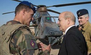 Jean-Yves Le Drian, ministre de la Défense, le 7 mars 2013 au Mali.