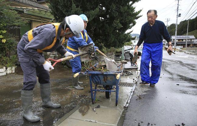 Coupe du monde de rugby: Privés de match, les Canadiens viennent en aide aux habitants touchés par le typhon