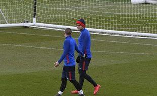 Hatem Ben Arfa et Marco Verratti à l'entraînement du PSG, le 5 mars 2018.