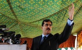Yousouf Raza Gilani, le candidat du Parti du peuple pakistanais (PPP) de Benazir Bhutto, assassinée en décembre, a été élu lundi Premier ministre du Pakistan à une écrasante majorité par l'Assemblée nationale, a annoncé la présidente de l'Assemblée.
