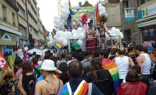 La Marche des Fiertés rassemble chaque année environ 3.000 personnes dans les rues de Rennes, comme ici en 2012.