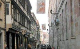 Projection du futur dallage de la rue.