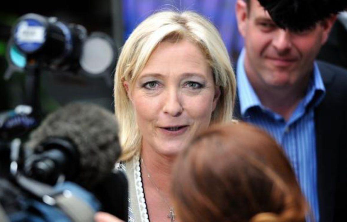 """Marine Le Pen a qualifié mardi sur France Info de """"scandale"""" le fait de ne pas être reçue à l'Elysée, comme le sont les représentants des principaux partis politiques, en prévision notamment du G20 au Mexique. – Philippe Huguen afp.com"""