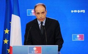 """Le secrétaire général de l'UMP Jean-François Copé a pris """"acte de la victoire de la gauche"""" dimanche soir après le second tour des élections législatives, s'engageant à ce que son parti mène une """"opposition responsable mais vigilante""""."""