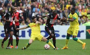 Le Stade Rennais de Gelson Fernandes (à g.) et Abdoulaye Doucouré a doublé deux fois Nantes, ce week-end.