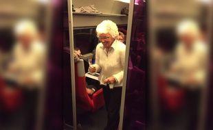 A 82 ans, elle est la reine du paquito.