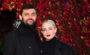 Jean-Karl Lucas et Emilie Satt - qui forment le duo Madame Monsieur - le 13 octobre 2018, lors des Vendanges de Montmartre dont ils étaient les parrain et marraine.