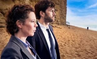 Olivia Colman et David Tennant dans Broadchurch, diffusé sur France 2 le 17 février 2014.